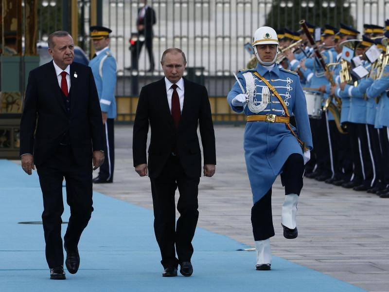 Bild zu Erdogan und Putin