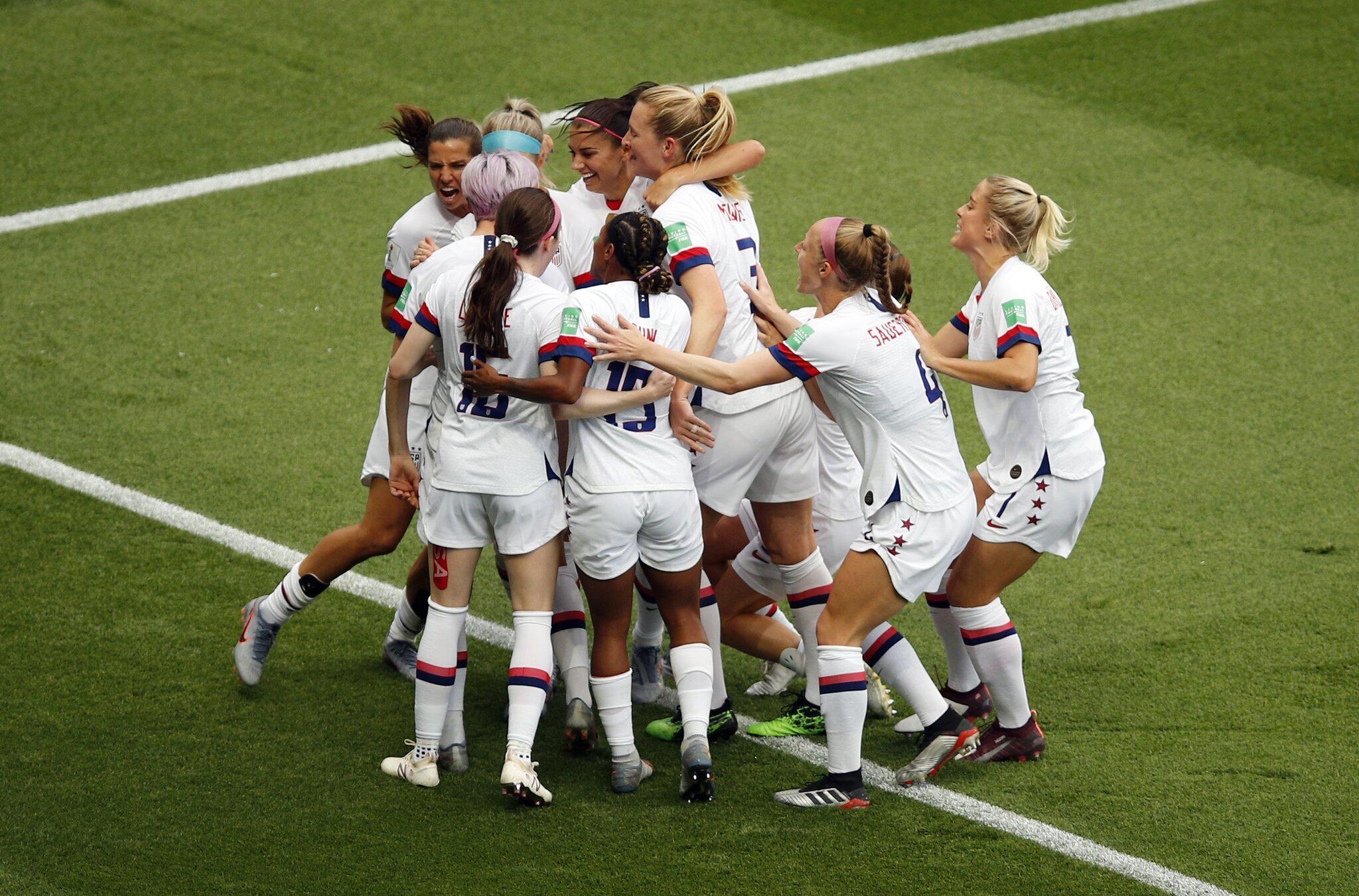 Bild zu Frauenfussball-WM - Frankreich - USA
