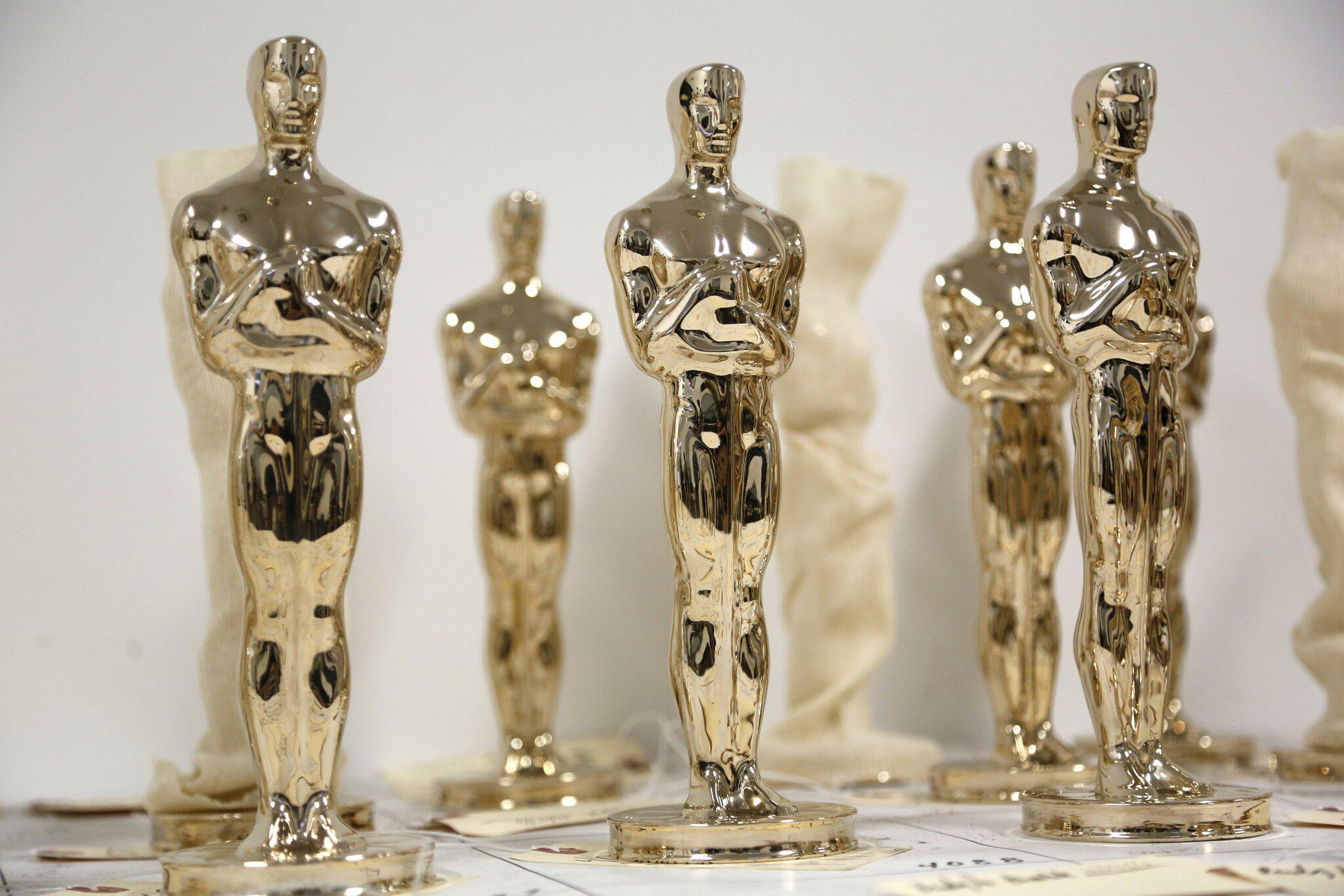 Bild zu Oscar-Statuen