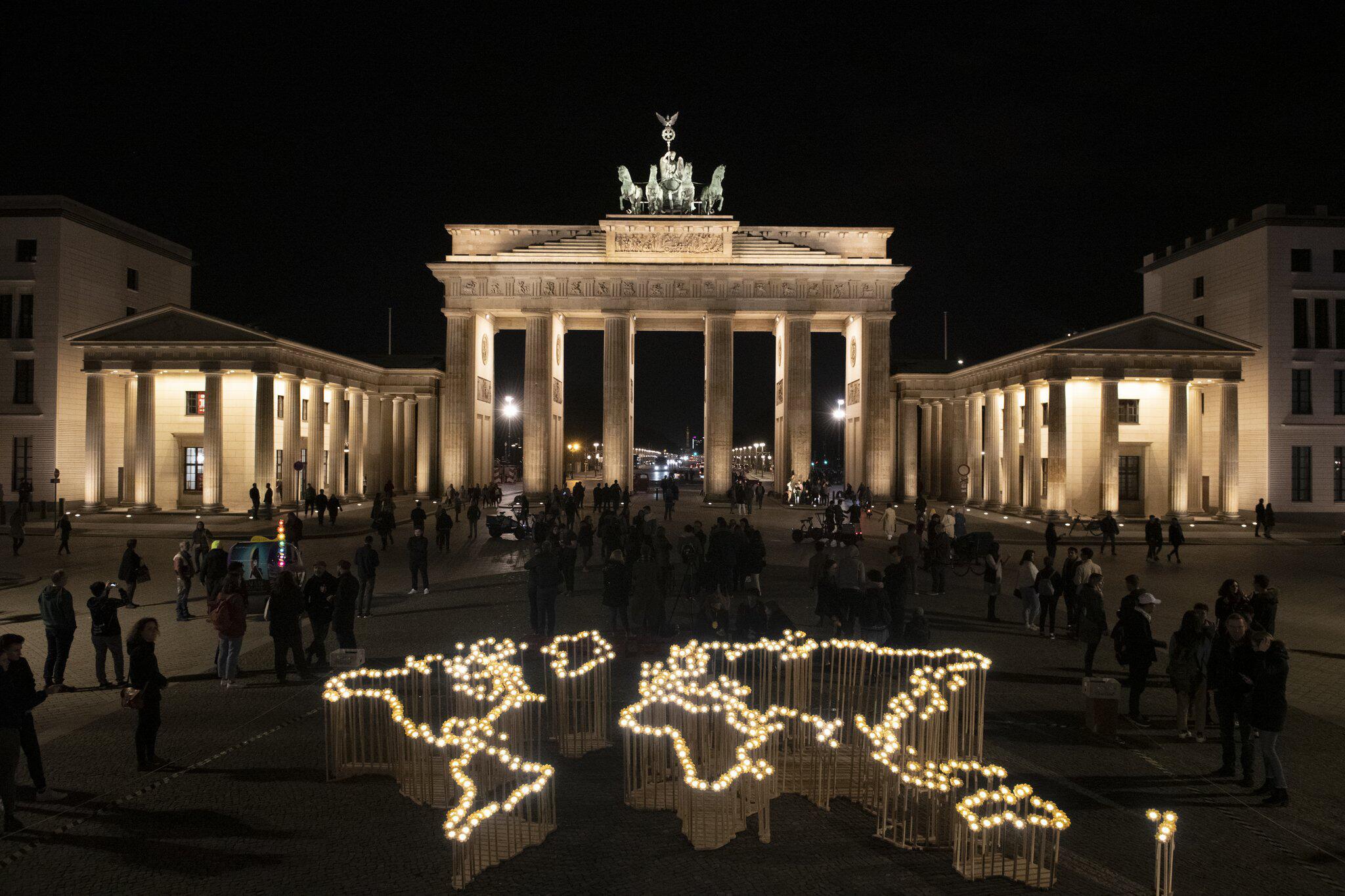 Bild zu Earth Hour 2019 - Berlin