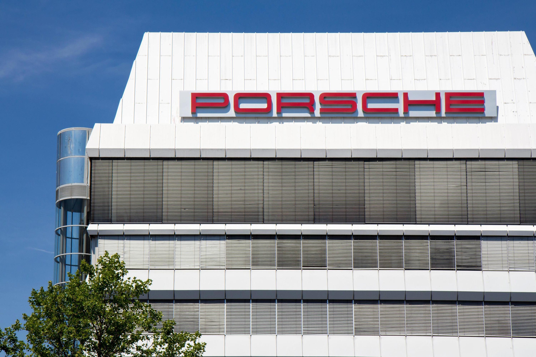 Bild zu Im November können Porsche-Kunden Werkstatttermine vereinbaren.