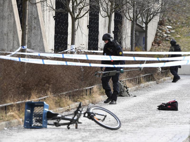 Bild zu Explosion vor Stockholmer U-Bahn