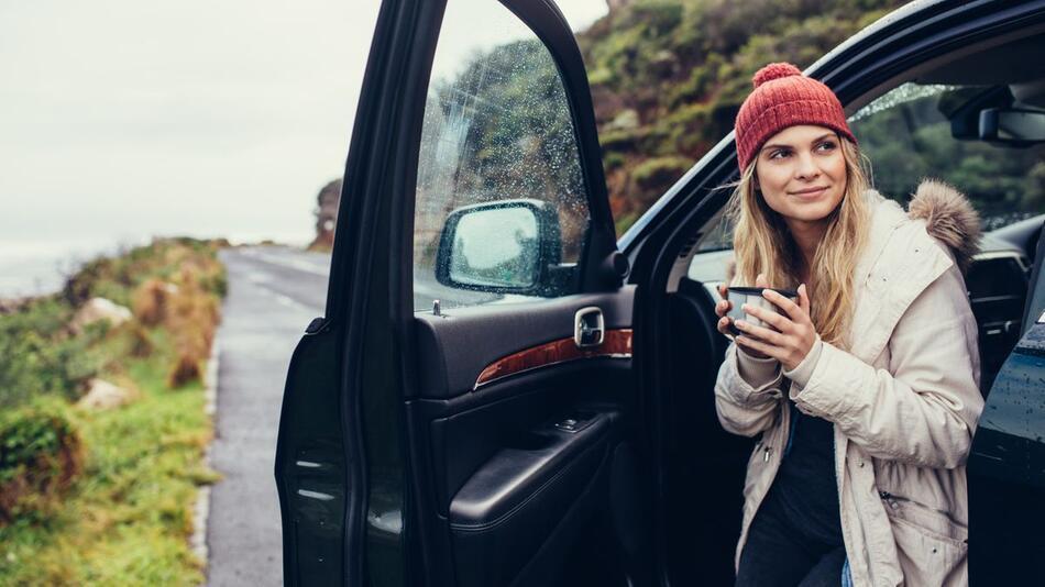 Auto, winterfest, Kälte, Schutz, Scheibenwischer, Winterreifen, Eiskratzer, Frost