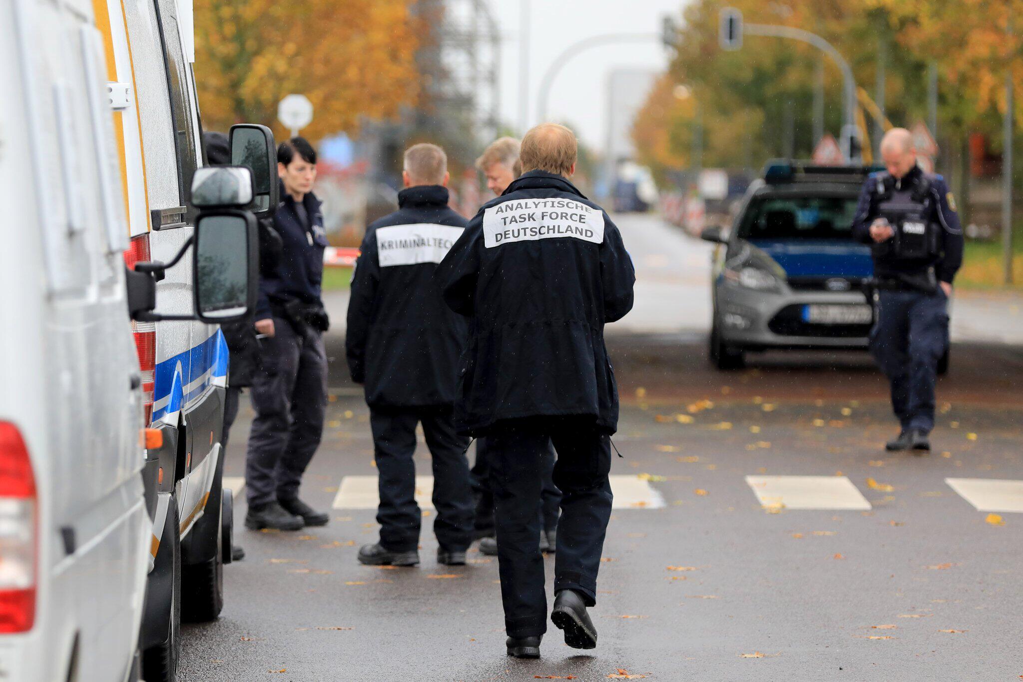 Bild zu Two dead parcel service employees in Haldensleben