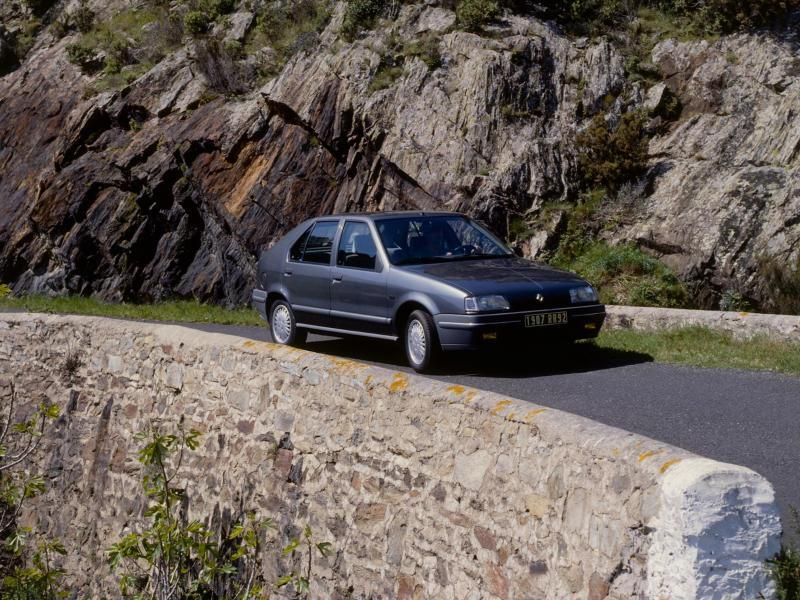 Bild zu Renault R19