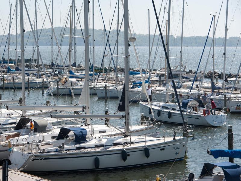 Bild zu Yachthafen auf Rügen