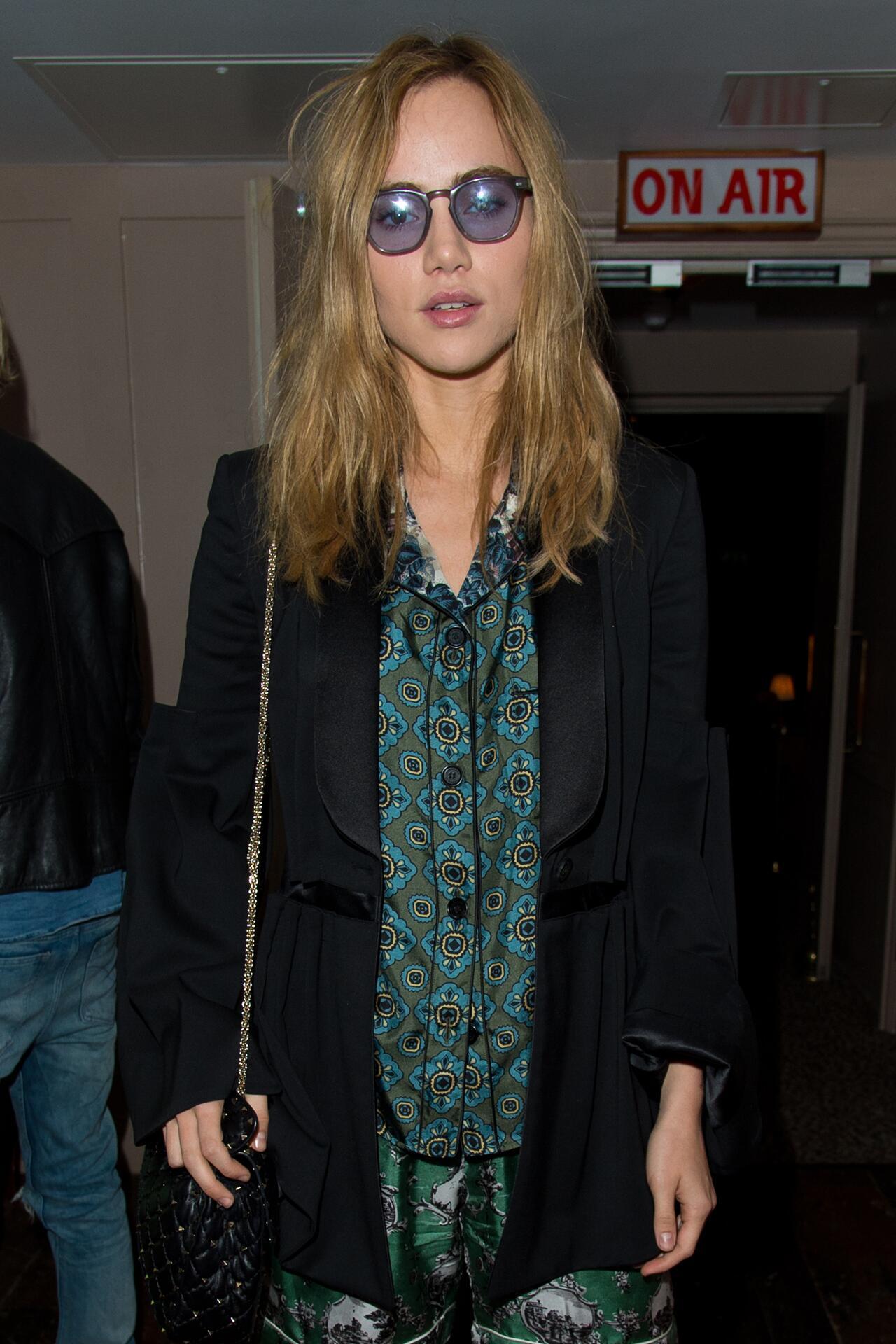 Bild zu Suki Waterhouse, London Fashion Week