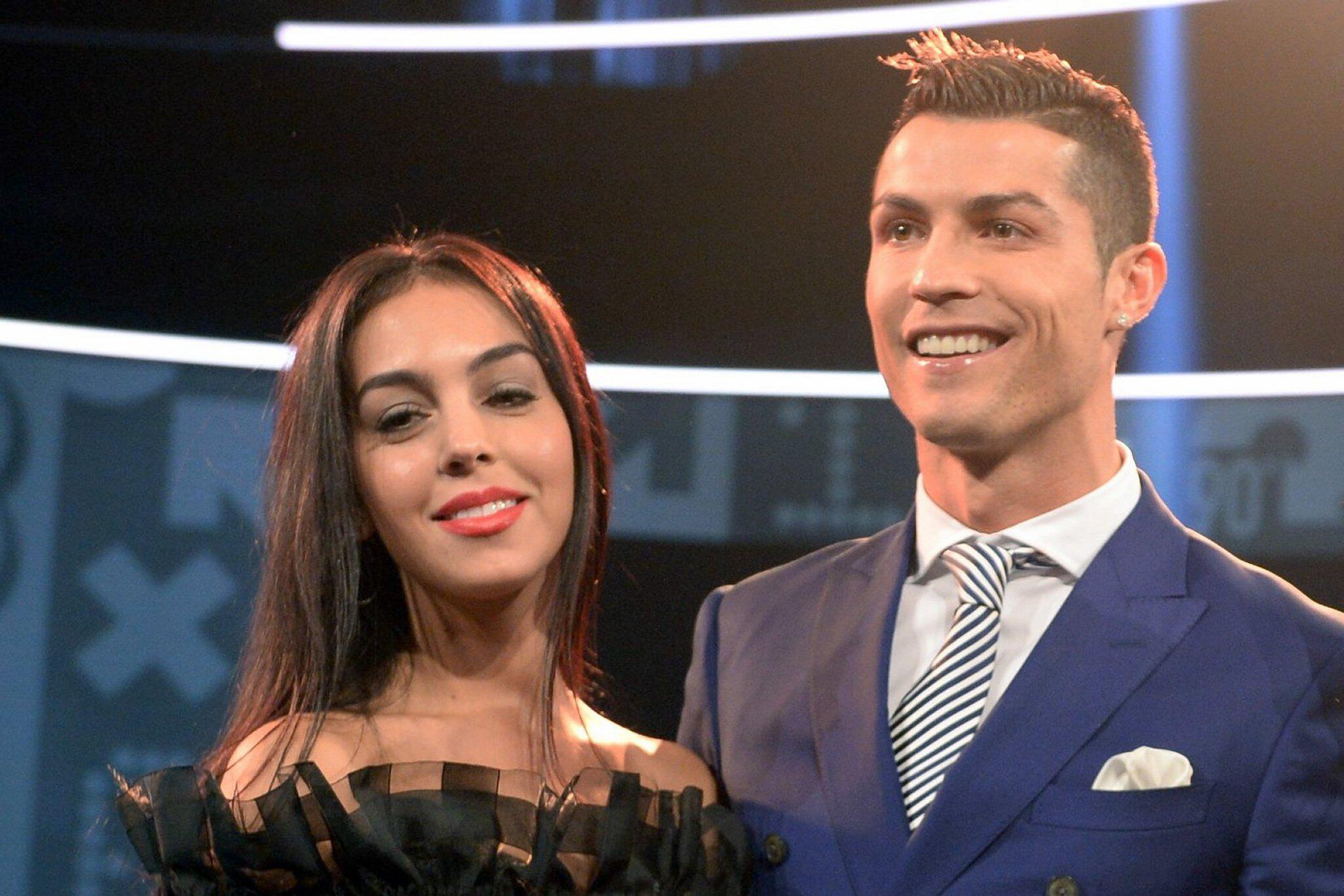 Bild zu Cristiano Ronaldo und Georgina Rodriguez