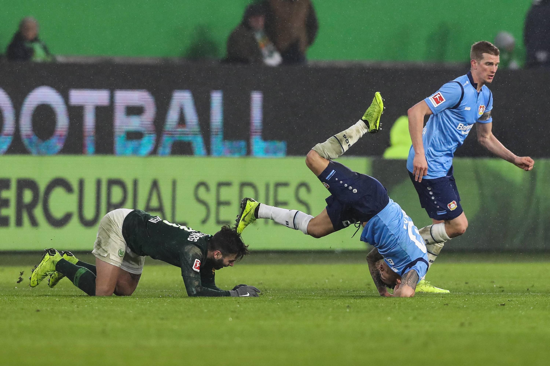 Bild zu Fussball, Bundesliga, Wolfsburg, Leverkusen