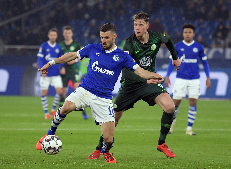 Bild zu Fussball, Bundesliga, Schalke, Wolfsburg