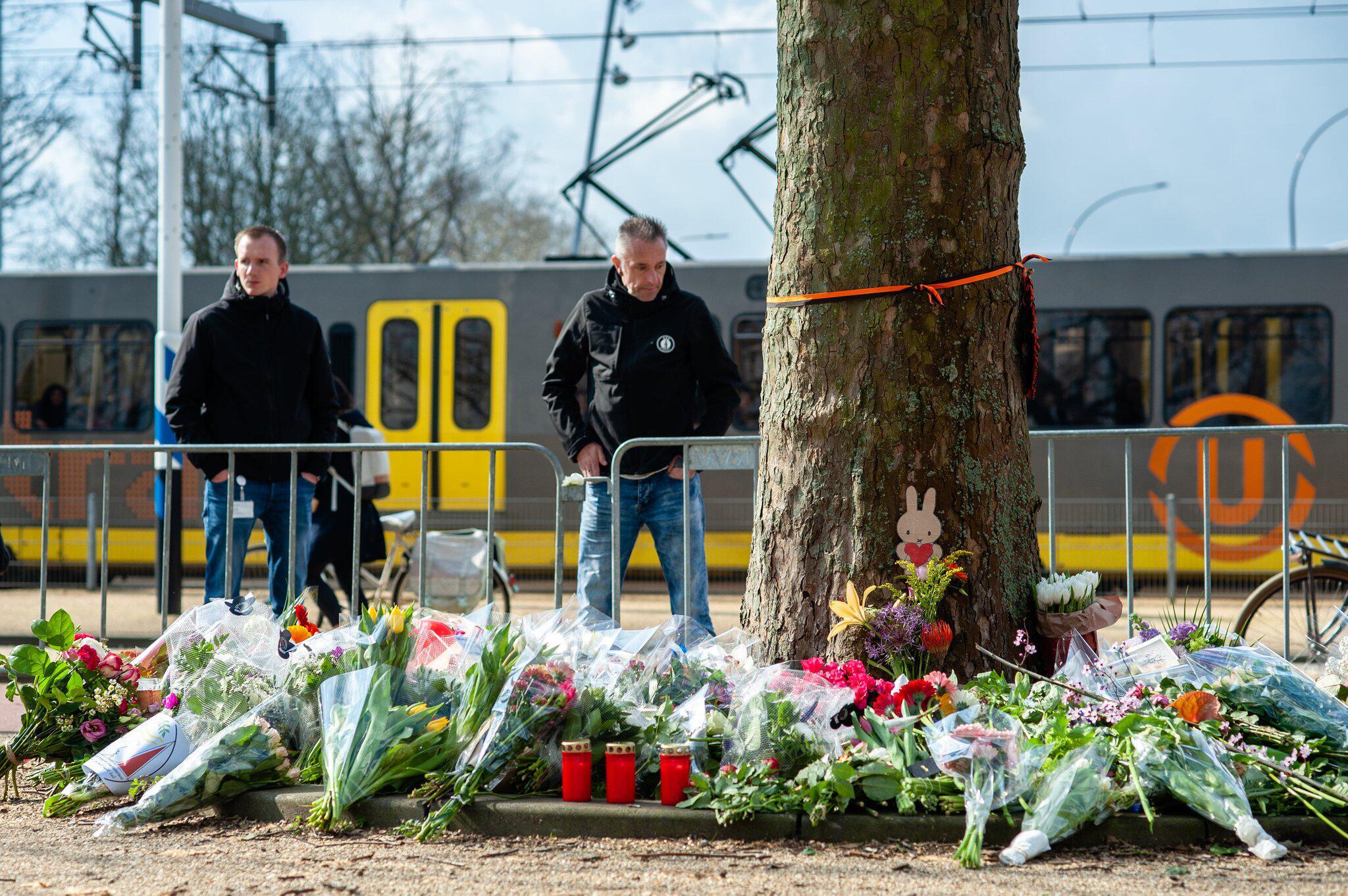 Bild zu Trauer nach Anschlag in Strassenbahn in Utrecht